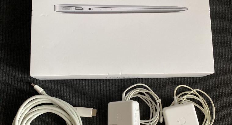 MacBook Air 13 pouces i7 2,2GHZ 8GO Ram 128GO SSD