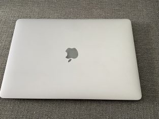 Vends MacBook Air 13 Pouces 2020
