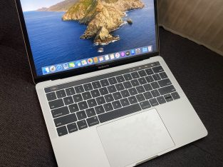 MacBook Pro 13″ – 2018 – QWERTY