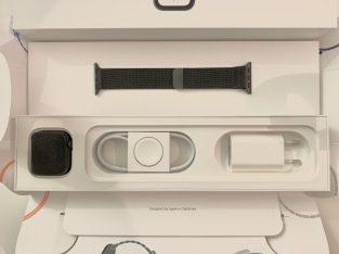 Apple Watch S4 Acier Inoxydable Noir Sidéral 40mm