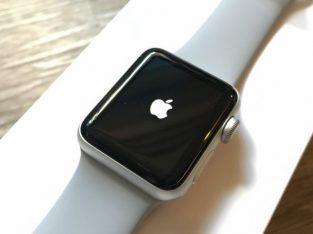 Apple Watch S4 alu silver