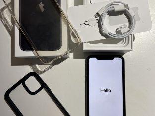 iPhone 11 gris sidéral 64Go