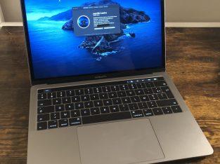 MacBook Pro 2017 i5 – 256go – 8go