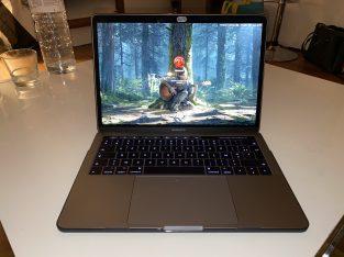 MacBook Pro 13 pouces touch bar