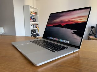 MacBook Pro 16 – i9 2.4Ghz, 64GB, 2To, 5500M 8GB