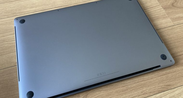 MacBook Pro 16'´ i9 8❤️ SSD 1To gris sidéral