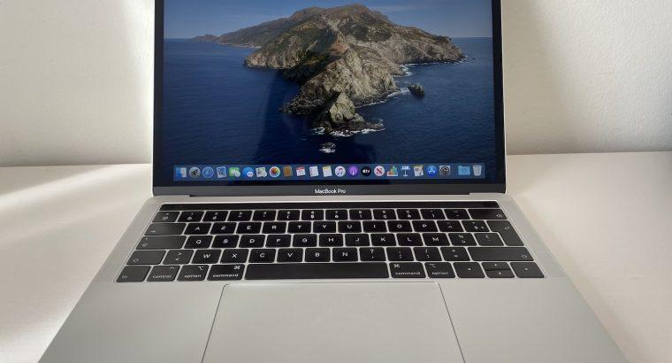 MacBook Pro 13 2018 SSD 1To, RAM 16Go, i5