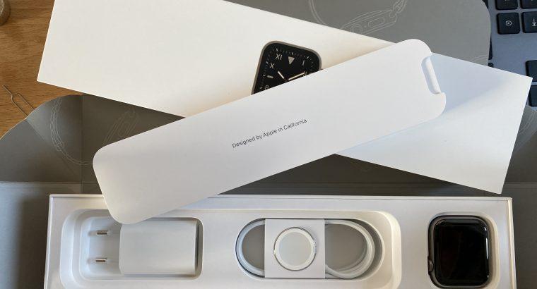 Apple Watch series 5 titanium
