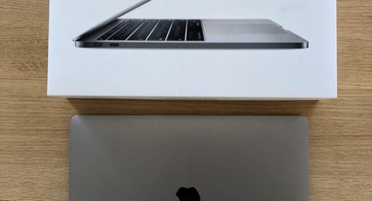 MacBook Pro 13 2017 – 256Go SSD – 8Go – i5 2,3Ghz