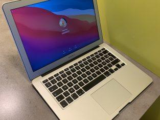 MacBook Air 13 pouces 8GO 256G0 2015