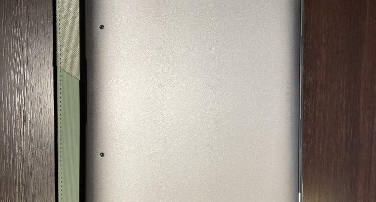 MacBook Pro 13 pouces touch bar septembre 2020