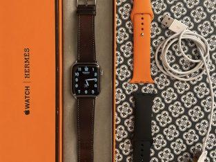 Apple Watch Hermès Series 5 + Bracelets