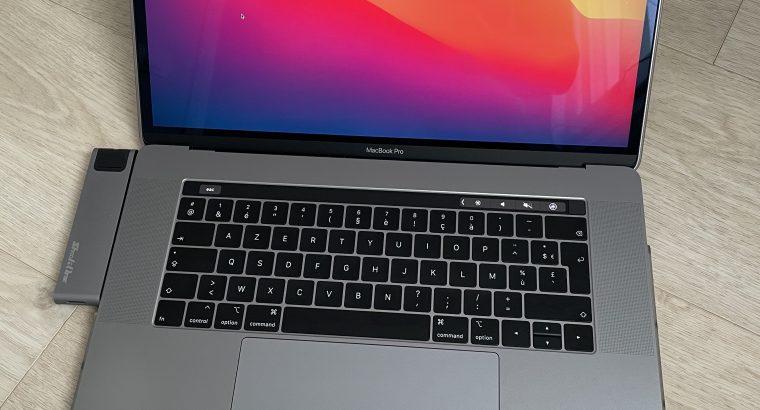 MacBook Pro 15,4″ fin 2019 – i9 2.3Ghz 16Go 512Go
