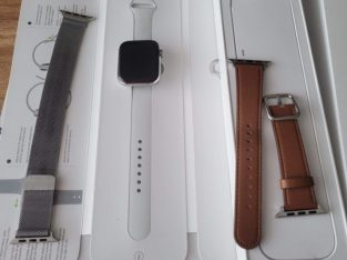 Apple Watch Series 5 GPS + 4G 44mm Stainless Steel