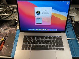 MacBook Pro 15″ 2018 i9 32gb ram 512gb ssd