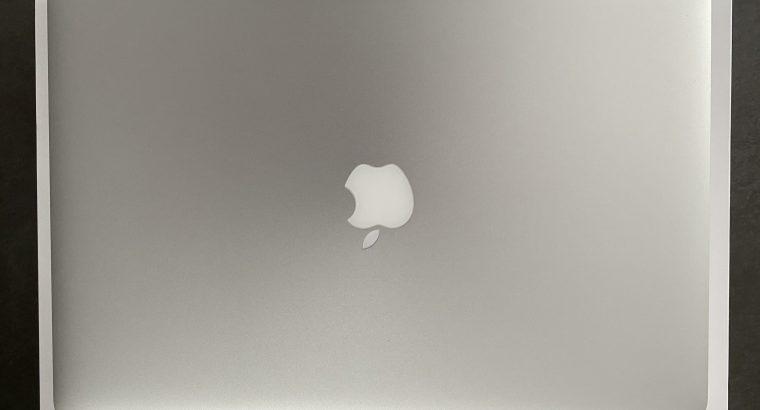 MacBook Pro 15 Retina 2013 1To + Pack Accèssoires