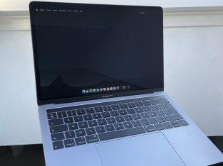 MacBook Pro (Gris Sidéral, 13 pouces, mid 2019)