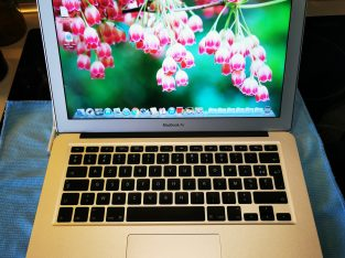 MacBook Air 13″ (Mi-2011) – Core i5 128Go – 4Go