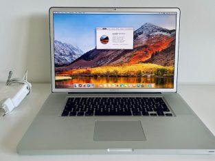 """MacBook Pro 17"""" mi-2010 i7"""