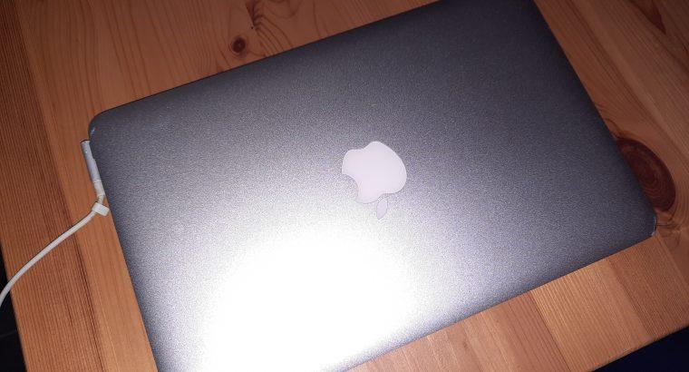 Macbook air 11 64 Go