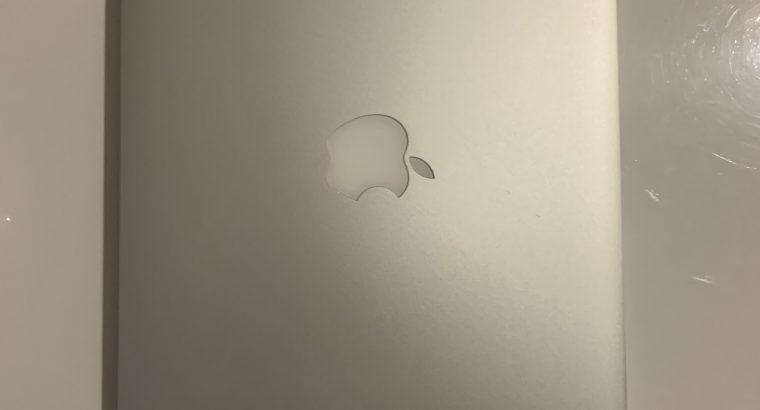 MacBook Pro Retina 13″ i5 2,6Ghz – SSD 128Go – 8Go
