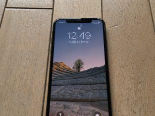iPhone XS 64Go neuf Gris Sidéral AppleCare+