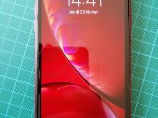 iPhone XR red 64Go
