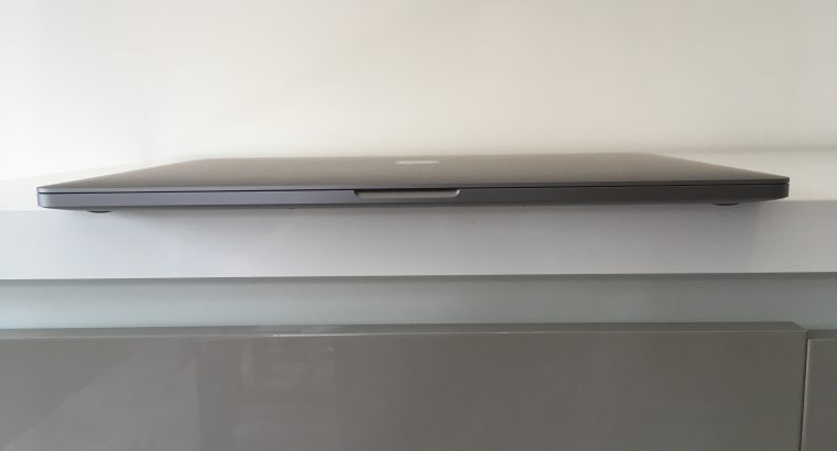 MacBook Pro Touch Bar 16″ i7 2,6Ghz SSD512Go 16Go