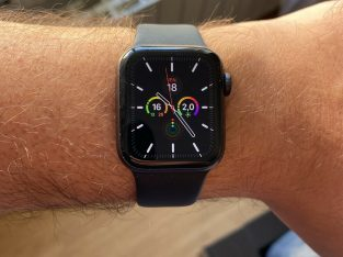 Apple Watch Series 5 40mm aluminium gris sidéral
