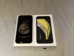 iPhone SE (2ème génération) 128GB noir