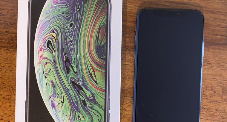 iPhone XS – 256Go – Space Grey – Parfait état !
