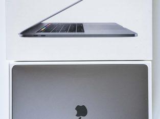 Macbook Pro grosse config 15 i9 1to 32Go