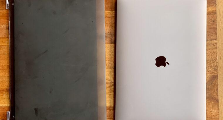 Macbook Pro 16″ i9 8c. 2.4GHz RAM 32Go SSD 2 To