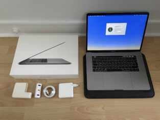 MacBook Pro 15″ 2018 i9 32GB 1TO VEGA 20 4GO + AC+