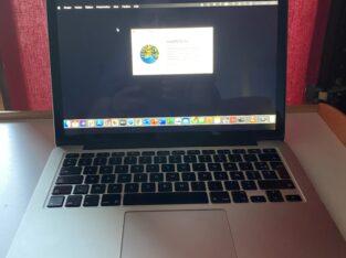 MacBook Pro – Ecran Retina 13 DD 250 Go