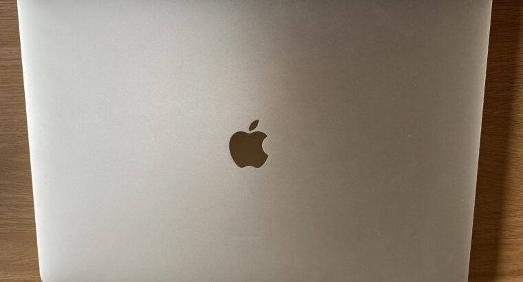 MacBook Pro 16″ (Argent, 2020) i9 2,3 Ghz 1To 16Go
