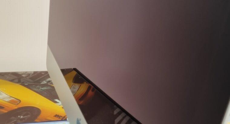 iMac 21,5 pouces – Fin 2012
