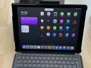 Clavier SLIM COMBO Logitech pour iPad Pro 12,9«
