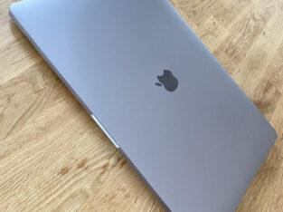 MacBook Pro Touchbar 15″ 2,6 GHz, 16Go, 256 SSD