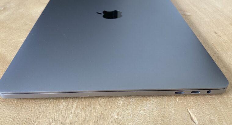 MacBook Pro Touch Bar 13″ Retina (2017) – Core i5