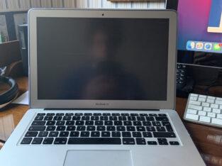 MacBook Air 13″ i5 1,8 Ghz 8 Go RAM