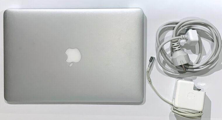 MacBook Air 13″ 2012 256goSSD