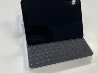 iPad Pro 11 A1980 256GO + Smart Keyboard 650€