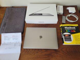 Macbook pro 15 pouces Touch Bar i7 2,8GHz et acces