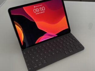 iPad Pro 11 2018 gris sidéral 256go + accessoires