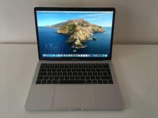 MacBook Pro 13″ 2016 – i5 2Ghz – SSD 256Go – 8Go
