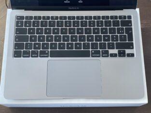 MacBook Air 2020 13″ Core i5 256Go – RAM 8go