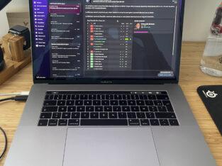 MacBook Pro 15″ (2017), 2,9 GHz i7, 512 Go, 16 Go