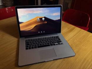 MacBook Pro 15″ Retina (2015) – Core i7 2,8 GHz