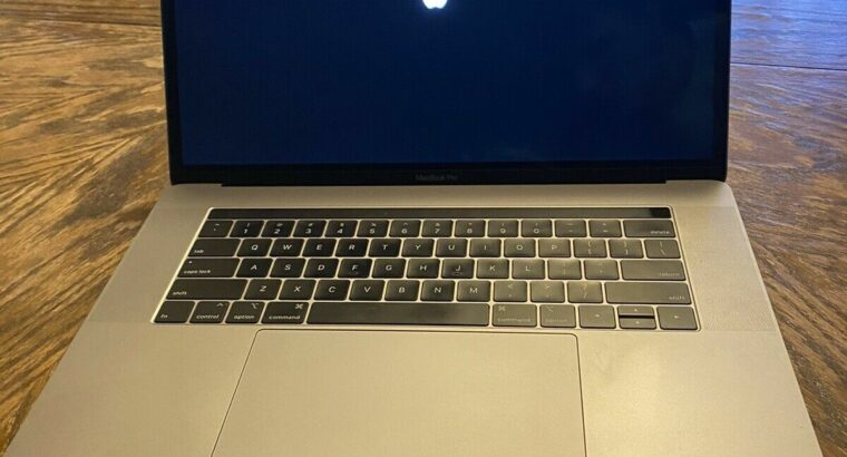 macbook pro 2018 15 inch touch bar.